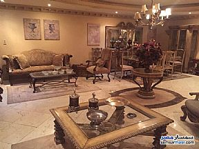 Apartment 2 bedrooms 1 bath 125 sqm super lux For Rent Mohandessin Giza - 9