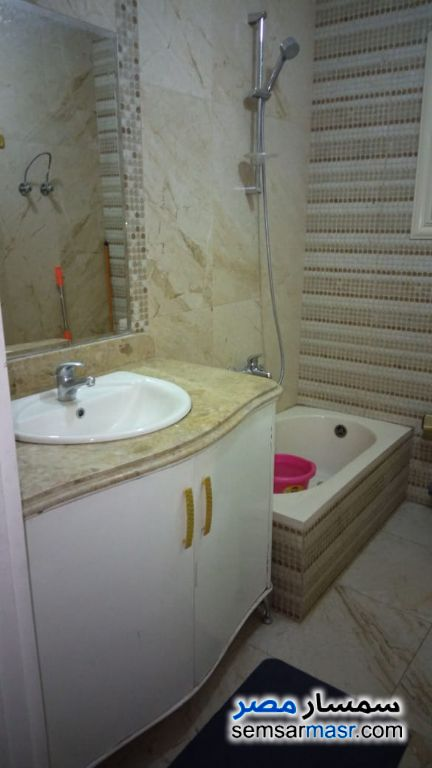 Photo 11 - Apartment 2 bedrooms 3 baths 200 sqm extra super lux For Rent Haram Giza