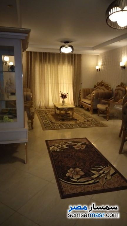 Photo 2 - Apartment 2 bedrooms 3 baths 200 sqm extra super lux For Rent Haram Giza