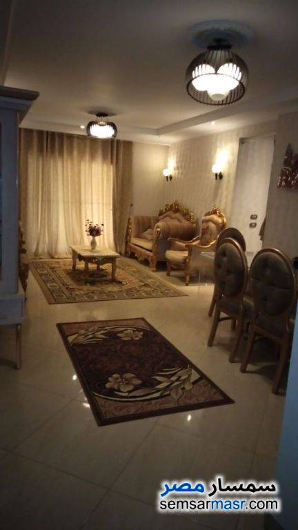 Photo 23 - Apartment 2 bedrooms 3 baths 200 sqm extra super lux For Rent Haram Giza