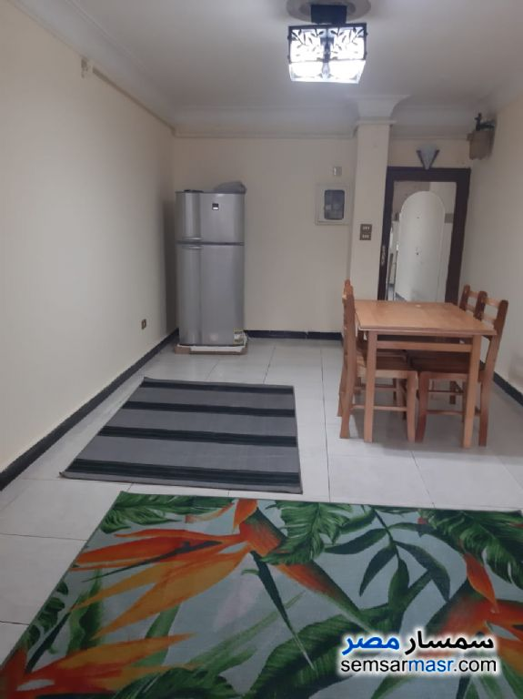 Photo 14 - Apartment 3 bedrooms 1 bath 125 sqm super lux For Rent Faisal Giza