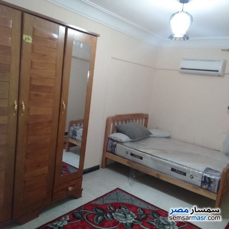 Photo 3 - Apartment 3 bedrooms 1 bath 125 sqm super lux For Rent Faisal Giza