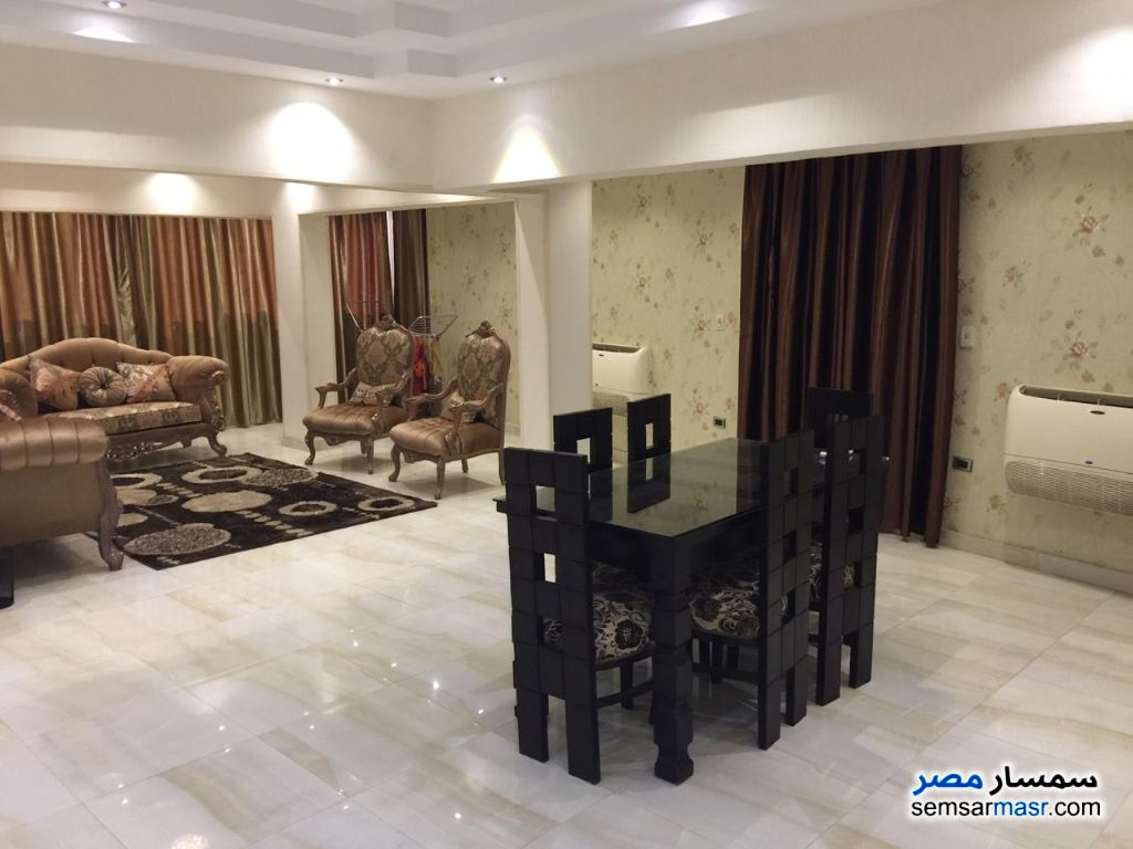 Photo 7 - Apartment 3 bedrooms 2 baths 150 sqm super lux For Rent Mohandessin Giza