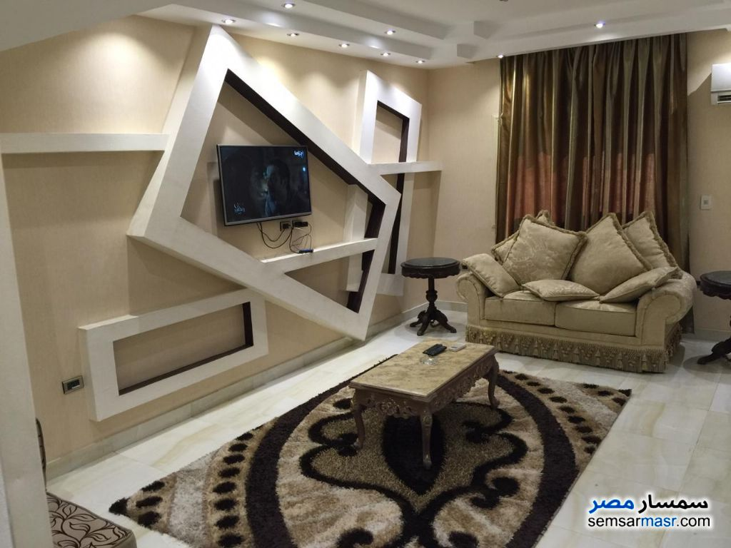 Photo 11 - Apartment 3 bedrooms 2 baths 180 sqm super lux For Rent Mohandessin Giza