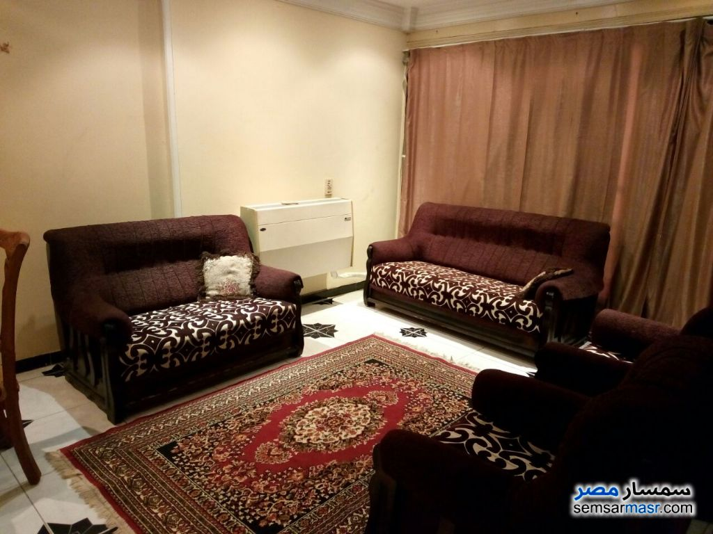 Photo 5 - Apartment 2 bedrooms 1 bath 140 sqm super lux For Rent Mohandessin Giza