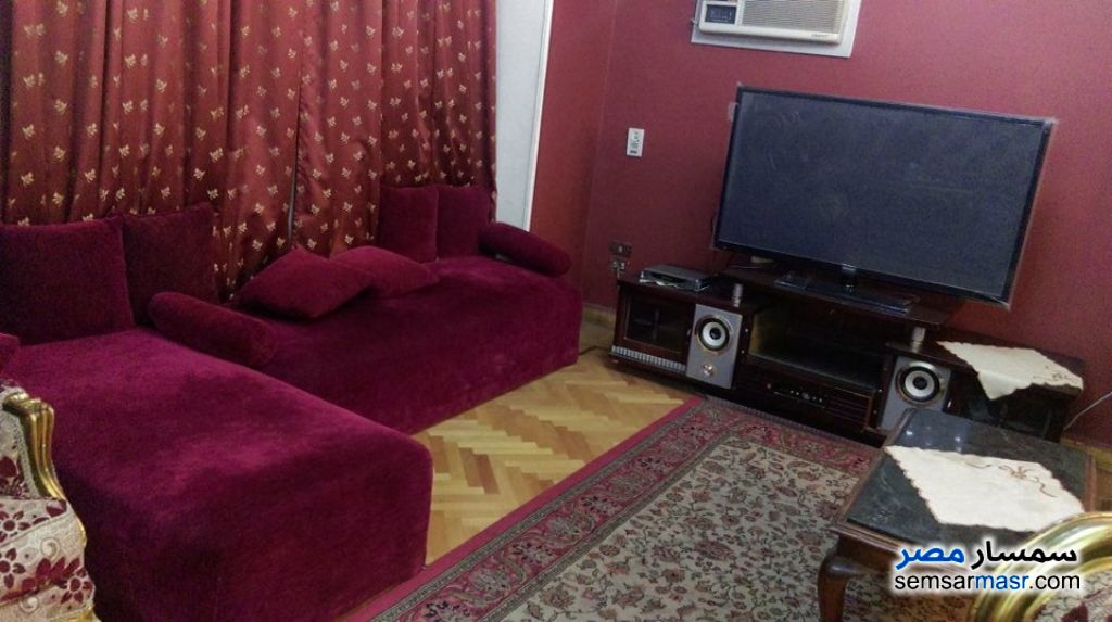 Photo 9 - Apartment 2 bedrooms 1 bath 150 sqm super lux For Rent Mohandessin Giza
