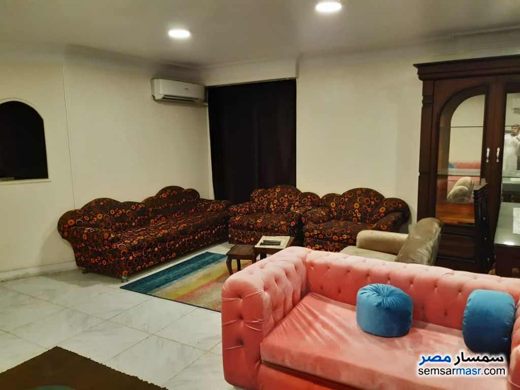 Photo 3 - Apartment 3 bedrooms 2 baths 200 sqm extra super lux For Rent Mohandessin Giza