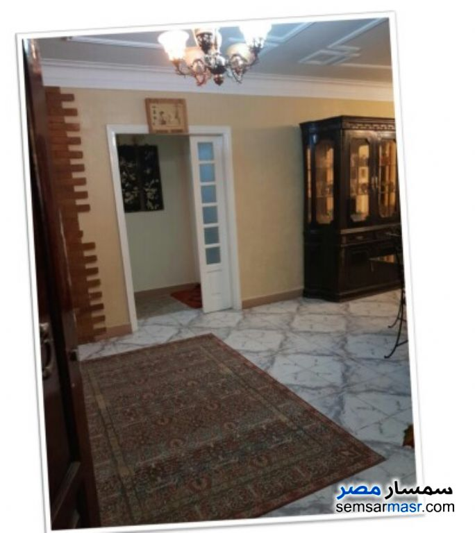 Photo 10 - Apartment 4 bedrooms 2 baths 250 sqm super lux For Rent Mohandessin Giza
