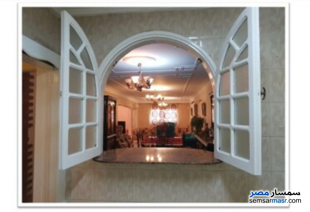 Photo 9 - Apartment 4 bedrooms 2 baths 250 sqm super lux For Rent Mohandessin Giza