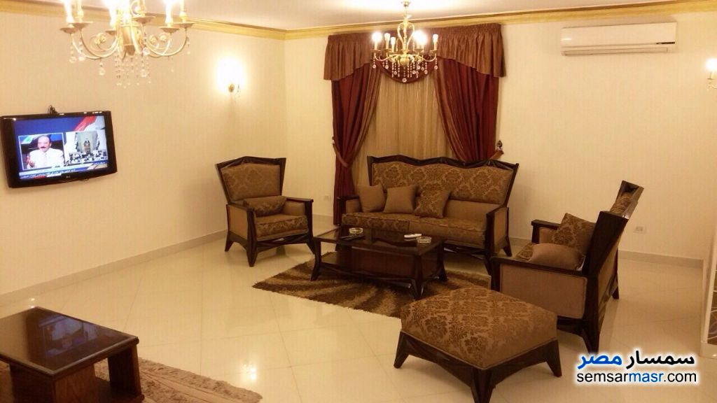 Photo 2 - Apartment 4 bedrooms 3 baths 260 sqm extra super lux For Rent Nasr City Cairo