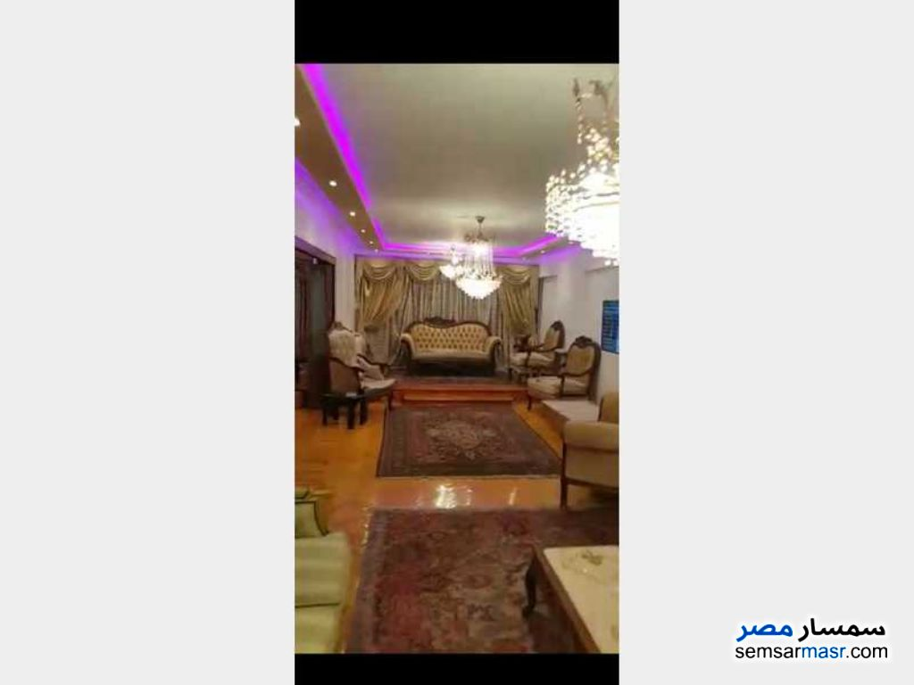 Photo 1 - Apartment 3 bedrooms 3 baths 250 sqm extra super lux For Rent Mohandessin Giza