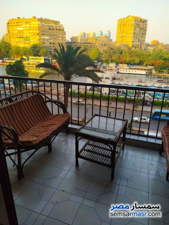 Photo 1 - Apartment 2 bedrooms 1 bath 165 sqm super lux For Rent Mohandessin Giza