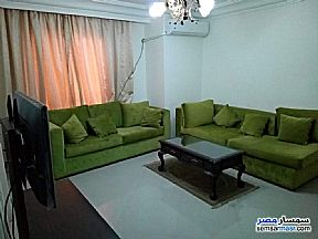 Ad Photo: Apartment 2 bedrooms 1 bath 140 sqm super lux in Mohandessin  Giza