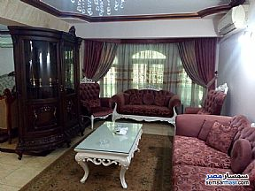 Ad Photo: Apartment 3 bedrooms 2 baths 250 sqm extra super lux in Mohandessin  Giza