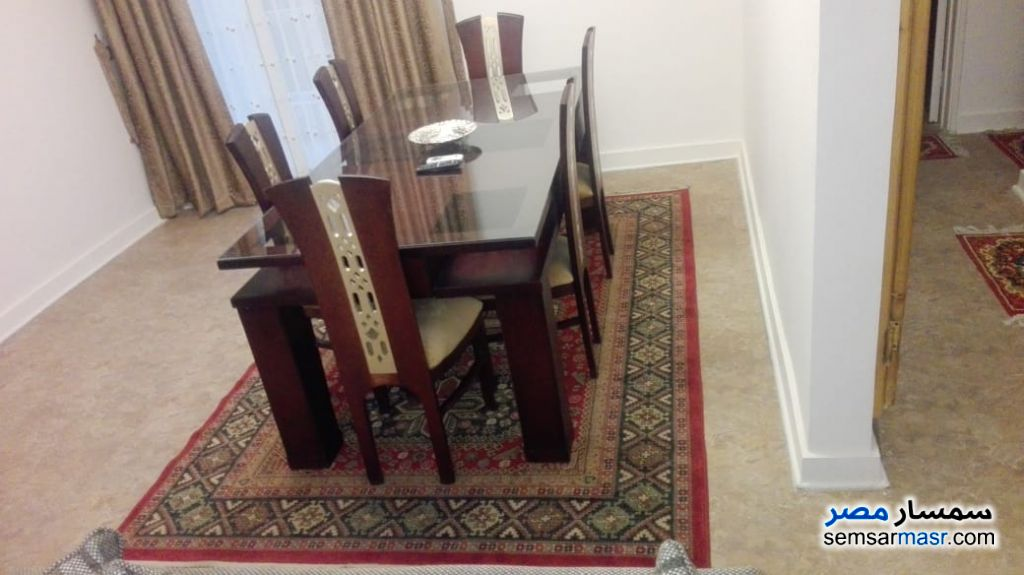 Photo 11 - Apartment 2 bedrooms 1 bath 120 sqm super lux For Rent Mohandessin Giza