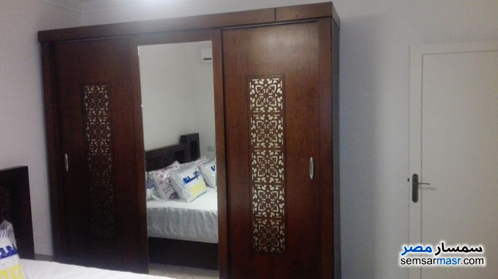 Photo 4 - Apartment 2 bedrooms 1 bath 120 sqm super lux For Rent Mohandessin Giza