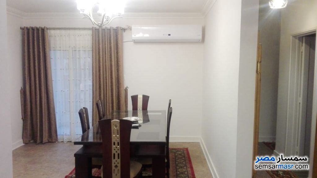Photo 5 - Apartment 2 bedrooms 1 bath 120 sqm super lux For Rent Mohandessin Giza