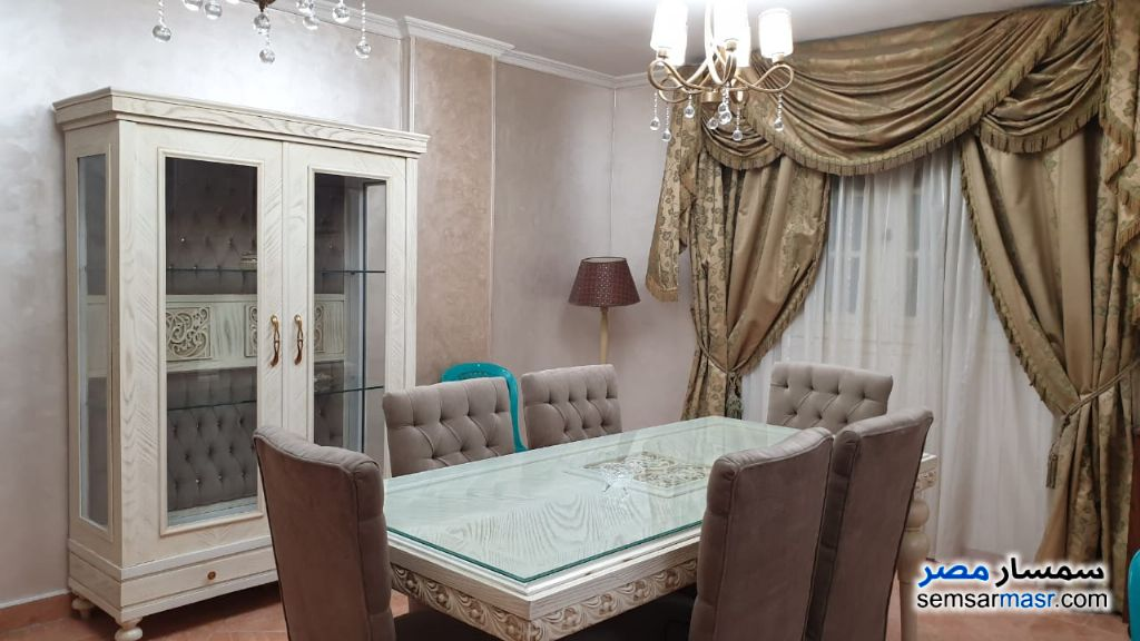 Photo 5 - Apartment 2 bedrooms 1 bath 120 sqm extra super lux For Rent Heliopolis Cairo