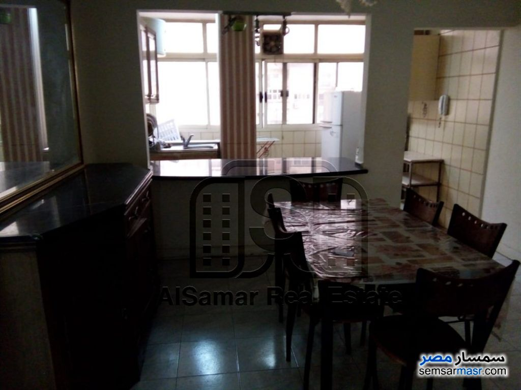 Photo 2 - Apartment 2 bedrooms 1 bath 130 sqm extra super lux For Rent Maadi Cairo