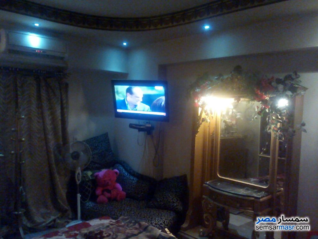Photo 3 - Apartment 3 bedrooms 2 baths 170 sqm extra super lux For Rent Haram Giza