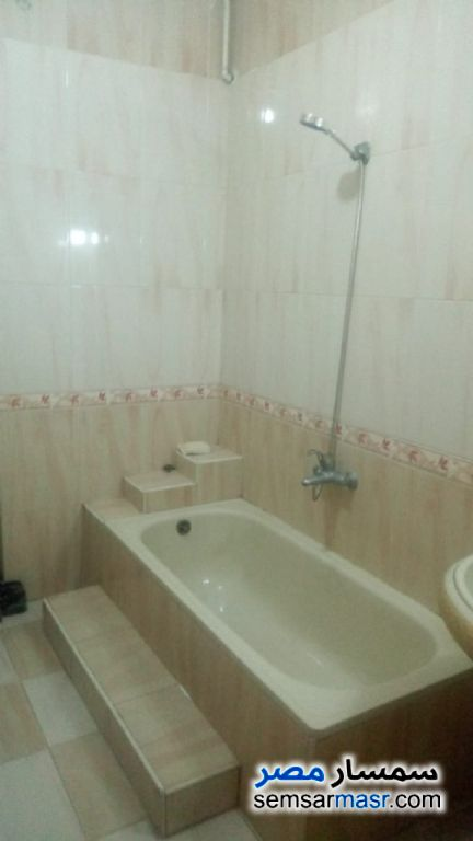 Photo 5 - Apartment 2 bedrooms 1 bath 120 sqm super lux For Rent Haram Giza