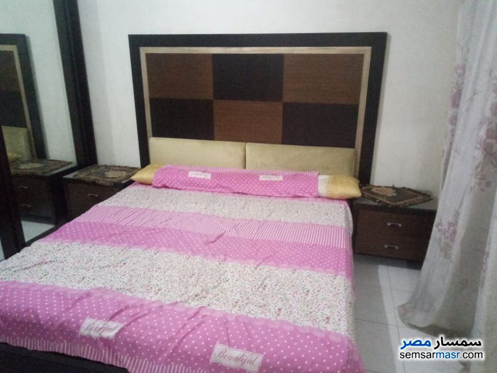 Photo 11 - Apartment 3 bedrooms 1 bath 180 sqm super lux For Rent Mohandessin Giza