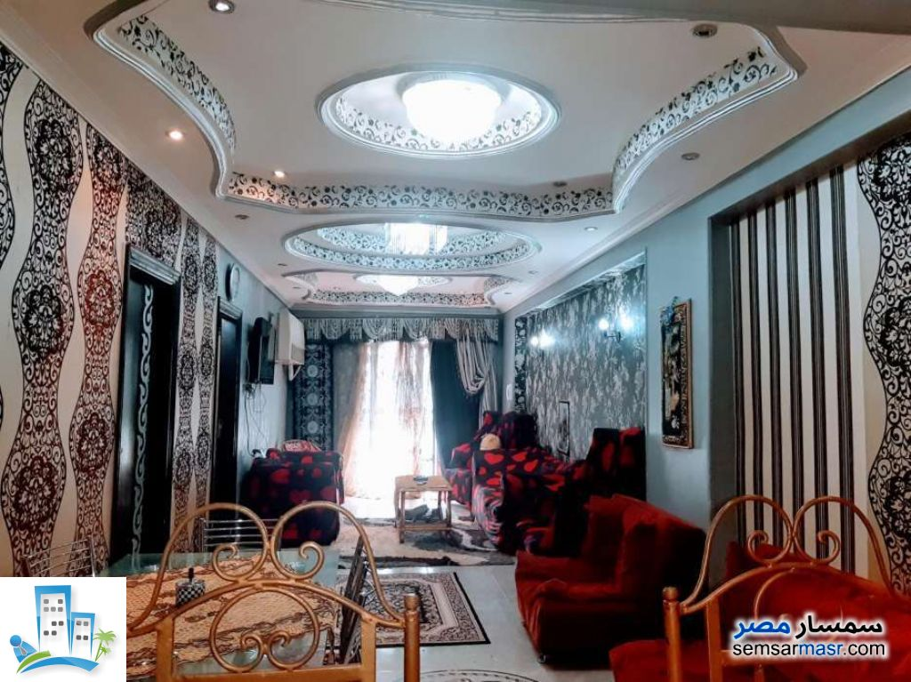 Ad Photo: Apartment 3 bedrooms 1 bath 205 sqm in Nasr City  Cairo