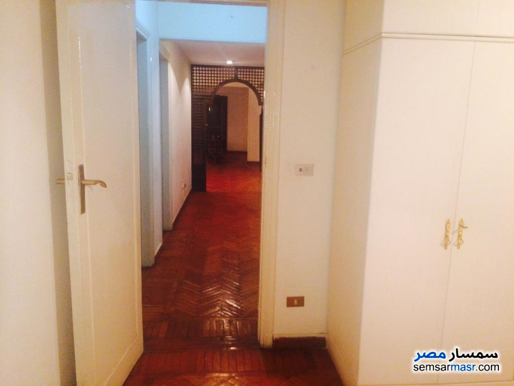 Photo 3 - Apartment 3 bedrooms 3 baths 240 sqm super lux For Rent Mohandessin Giza