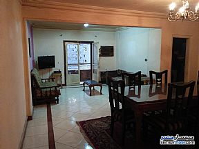 Ad Photo: Apartment 2 bedrooms 1 bath 150 sqm extra super lux in Dokki  Giza