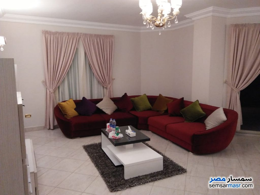 Photo 1 - Apartment 3 bedrooms 3 baths 180 sqm extra super lux For Rent Mohandessin Giza