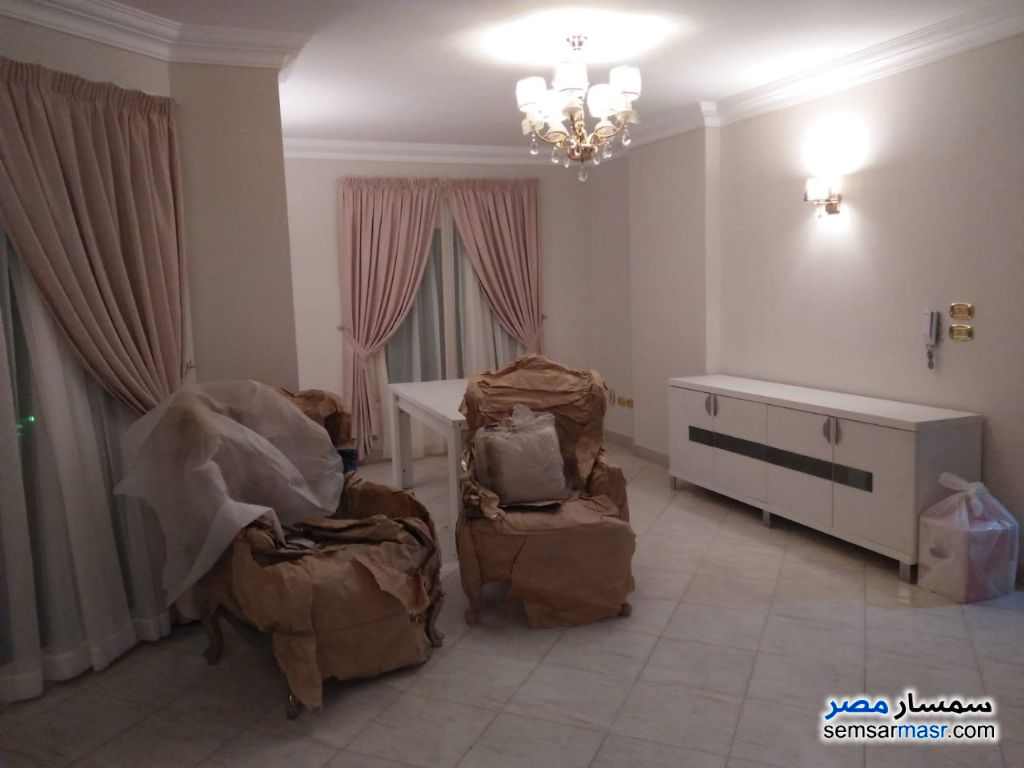 Photo 5 - Apartment 3 bedrooms 3 baths 180 sqm extra super lux For Rent Mohandessin Giza