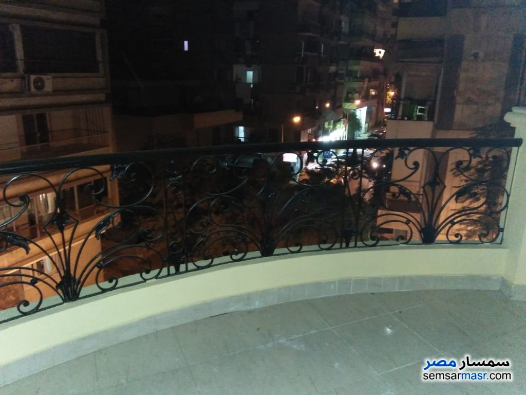 Photo 6 - Apartment 3 bedrooms 3 baths 180 sqm extra super lux For Rent Mohandessin Giza