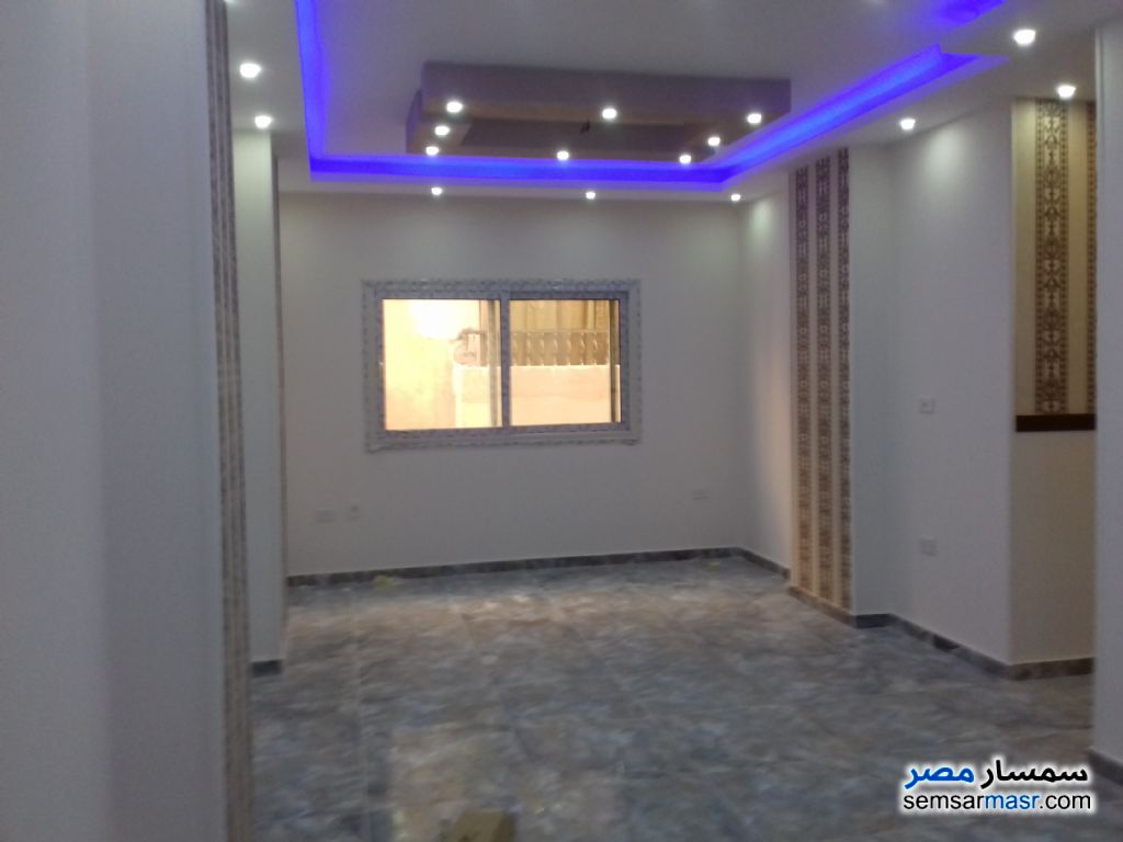 Photo 1 - Apartment 3 bedrooms 2 baths 112 sqm extra super lux For Sale Hadayek Al Ahram Giza