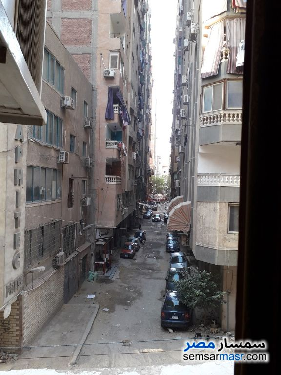 Ad Photo: Apartment 2 bedrooms 1 bath 100 sqm lux in Helmeya  Cairo