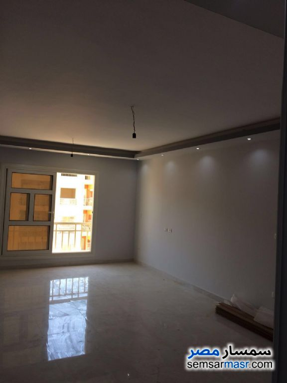 Photo 1 - Apartment 3 bedrooms 2 baths 114 sqm extra super lux For Rent Madinaty Cairo