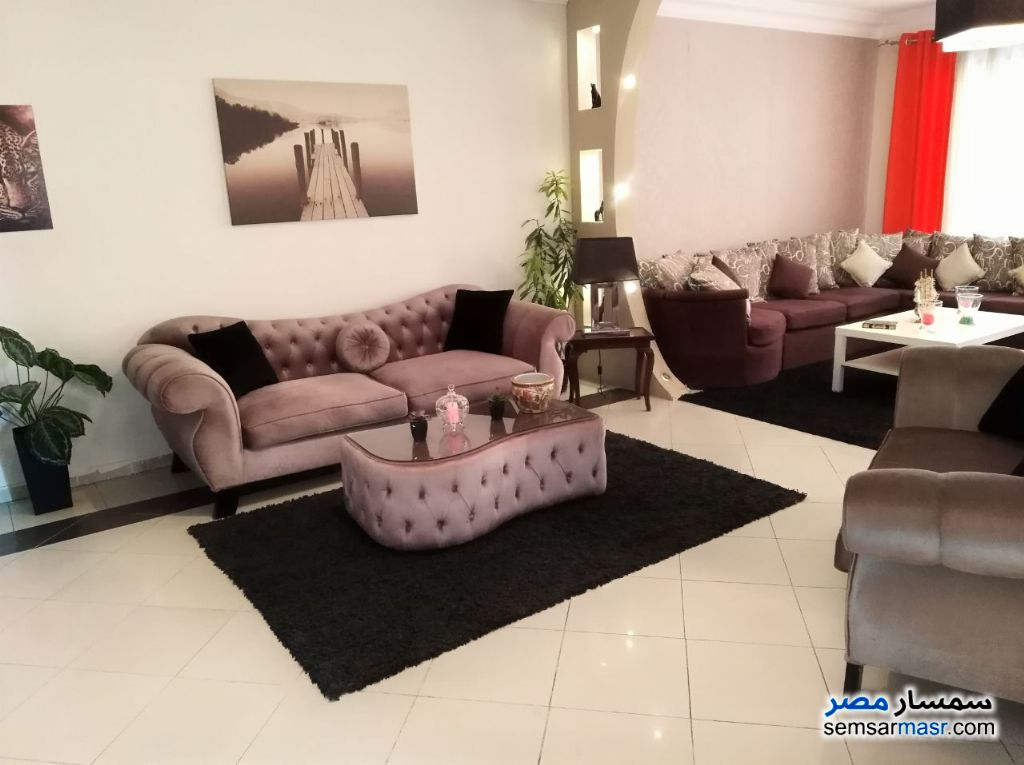 Photo 2 - Apartment 2 bedrooms 1 bath 120 sqm extra super lux For Sale Faisal Giza