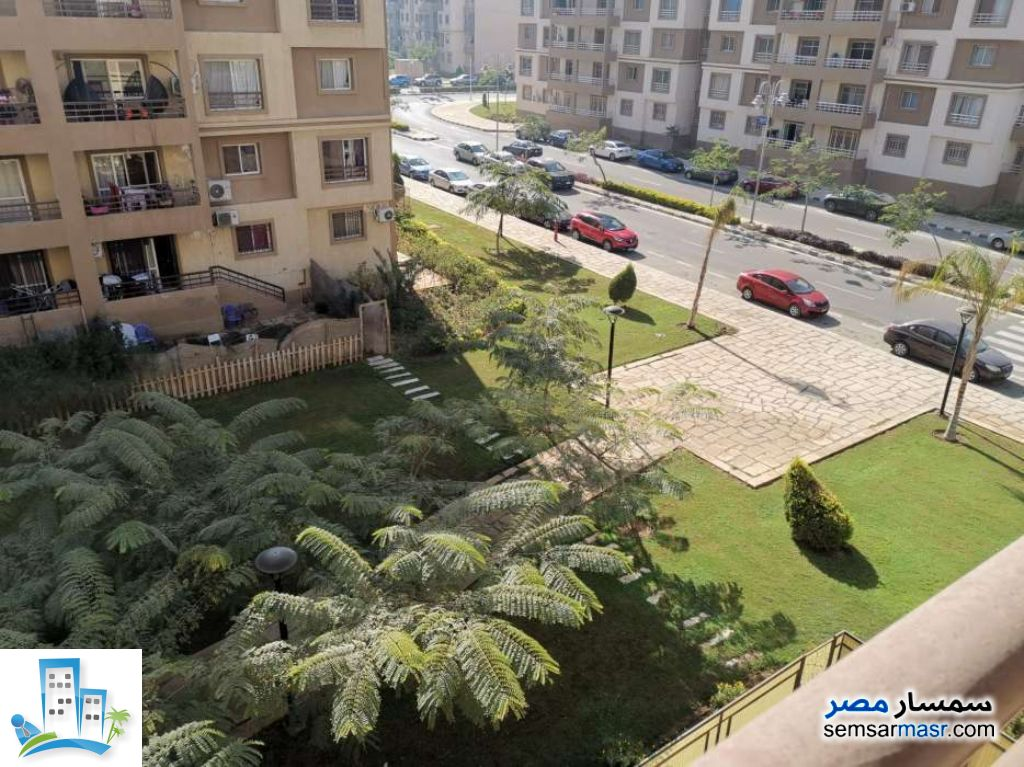 Ad Photo: Apartment 3 bedrooms 2 baths 131 sqm in Madinaty  Cairo