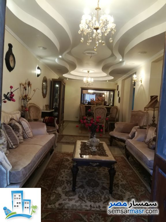 Ad Photo: Apartment 3 bedrooms 2 baths 135 sqm extra super lux in Seyouf  Alexandira