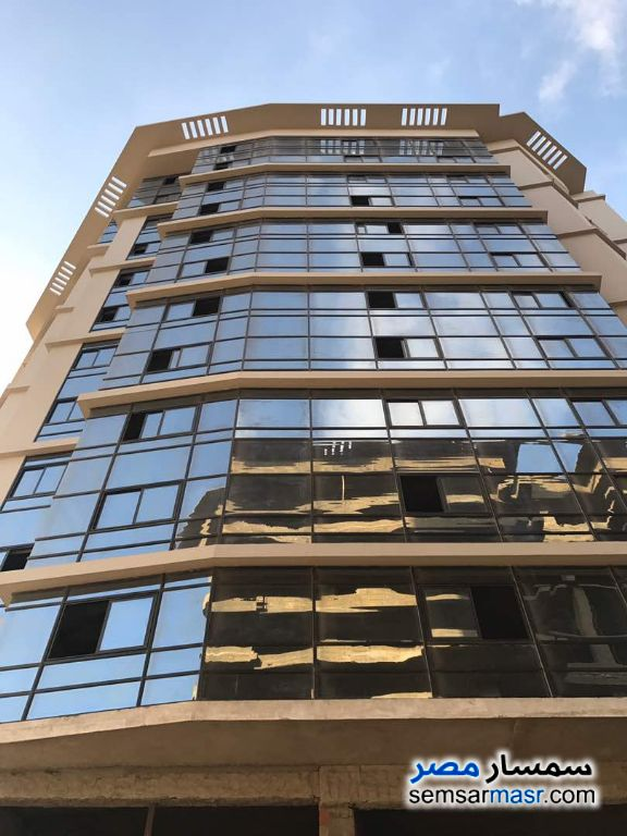 Ad Photo: Apartment 3 bedrooms 2 baths 140 sqm semi finished in Katameya  Cairo