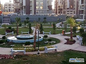 Ad Photo: Apartment 3 bedrooms 3 baths 140 sqm super lux in First Settlement  Cairo