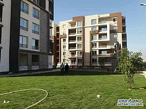 Ad Photo: Apartment 3 bedrooms 2 baths 3000 sqm extra super lux in First Settlement  Cairo