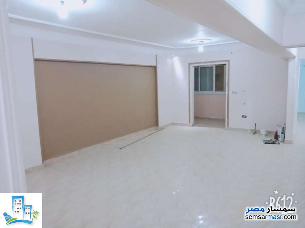 Ad Photo: Apartment 3 bedrooms 2 baths 150 sqm in Maadi  Cairo