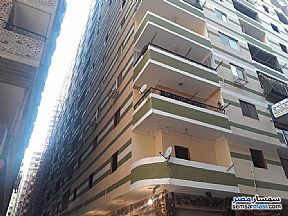 Ad Photo: Apartment 3 bedrooms 2 baths 150 sqm without finish in Dar Al Salaam  Cairo