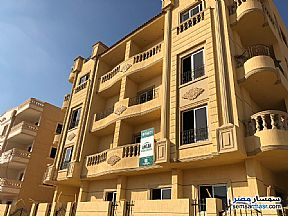 Ad Photo: Apartment 3 bedrooms 2 baths 154 sqm without finish in Shorouk City  Cairo