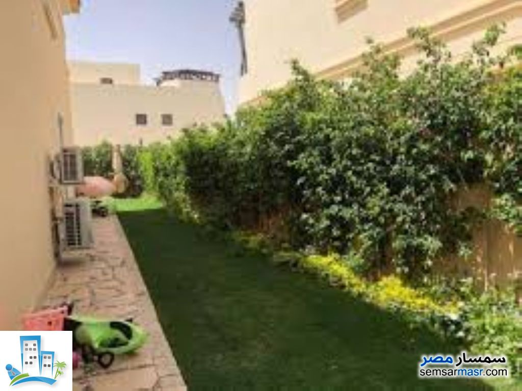 Ad Photo: Apartment 2 bedrooms 2 baths 160 sqm in Sheraton  Cairo