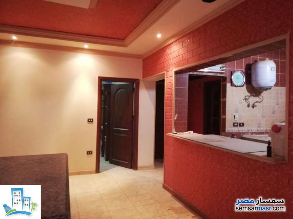 Ad Photo: Apartment 4 bedrooms 2 baths 160 sqm extra super lux in Gharbiyah