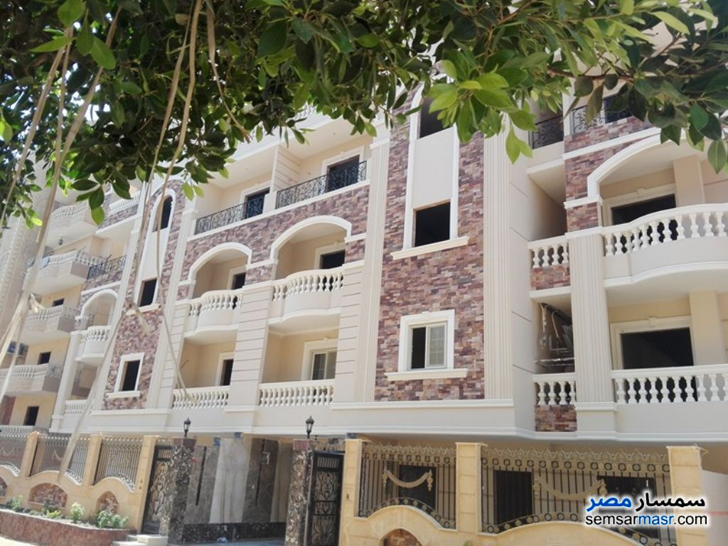 Photo 3 - Apartment 3 bedrooms 2 baths 178 sqm semi finished For Sale Hadayek Al Ahram Giza