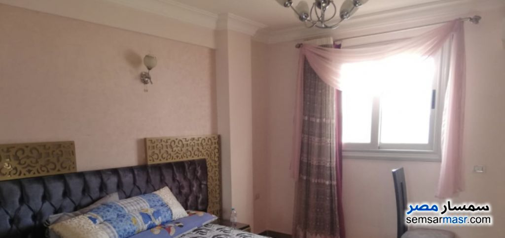 Ad Photo: Apartment 3 bedrooms 2 baths 160 sqm extra super lux in Mohandessin  Giza