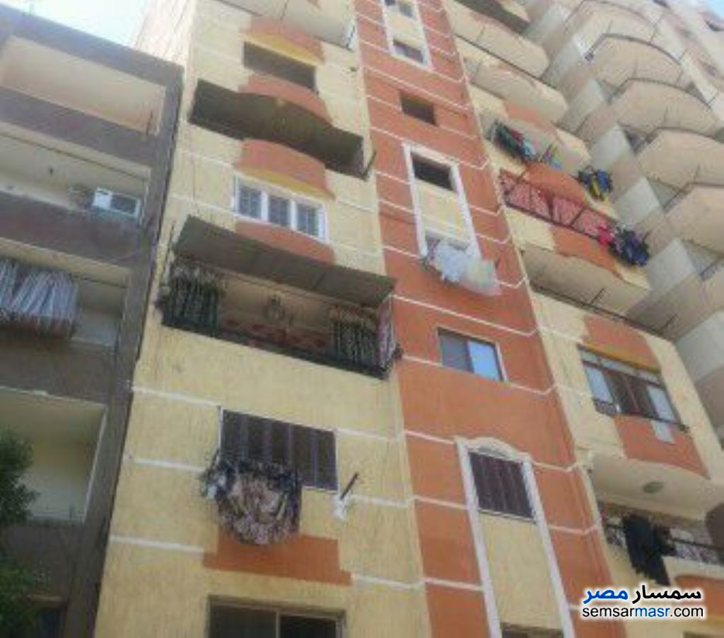 Photo 3 - Apartment 3 bedrooms 1 bath 120 sqm without finish For Sale Ain Shams Cairo
