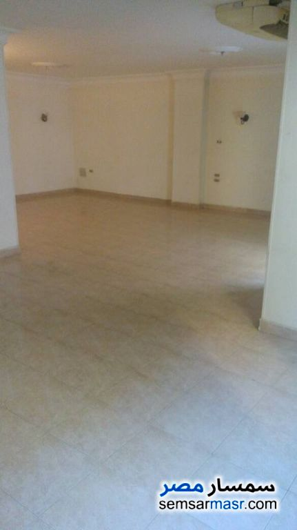 Photo 2 - Apartment 3 bedrooms 2 baths 170 sqm extra super lux For Rent New Nozha Cairo